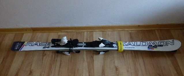 Nabízím sjezdové lyže - Salomon 24 hours - Bazar - SNOW.CZ c7b758a90ae