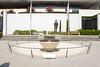 День 7. Олимпийский музей в Лозанне - у входа находится вечный огонь и памятник.