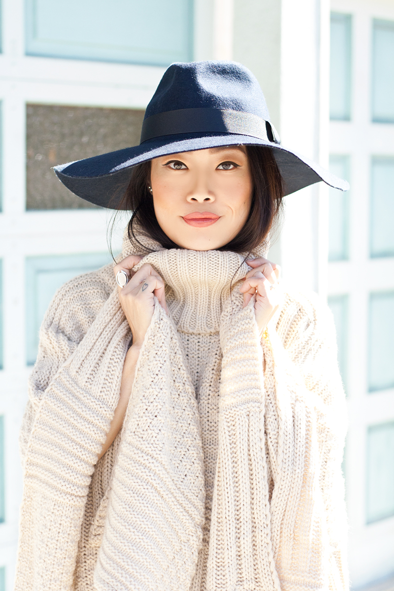 06-sf-knit-poncho-fedora-hat-fashion-style