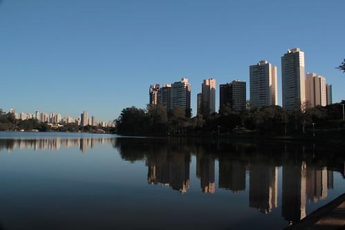 3-lago_15004765420_o
