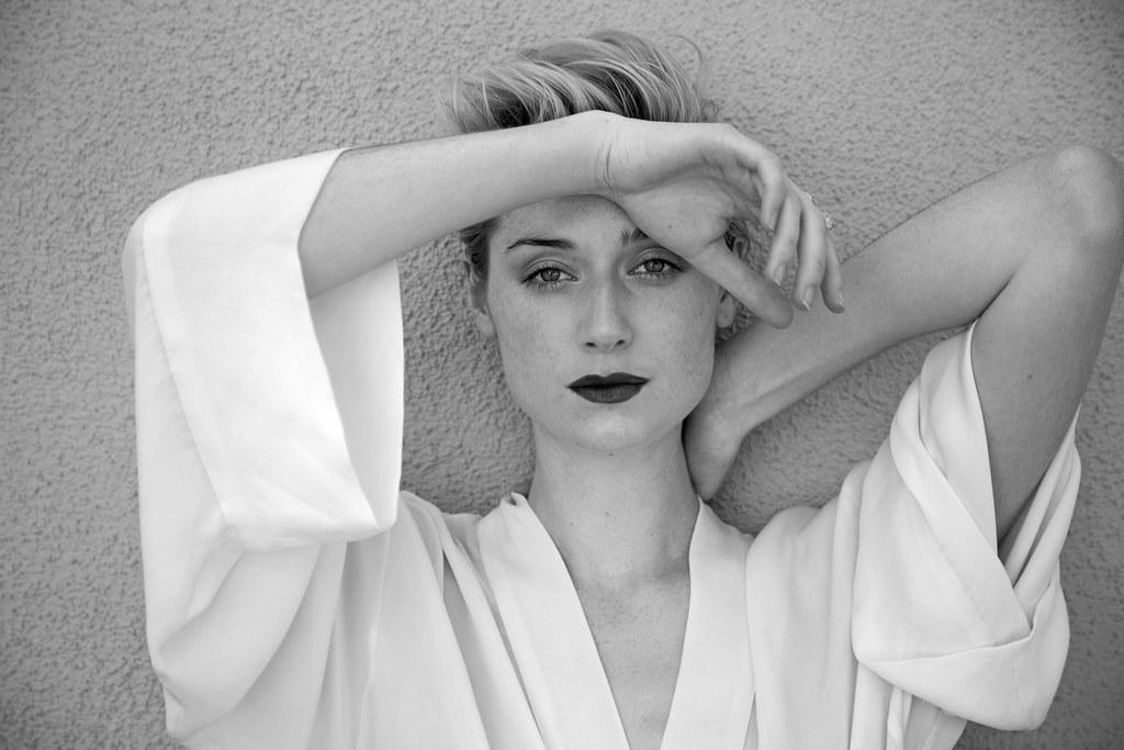 Элизабет Дебики — Фотосессия для «The Last» 2015 – 1