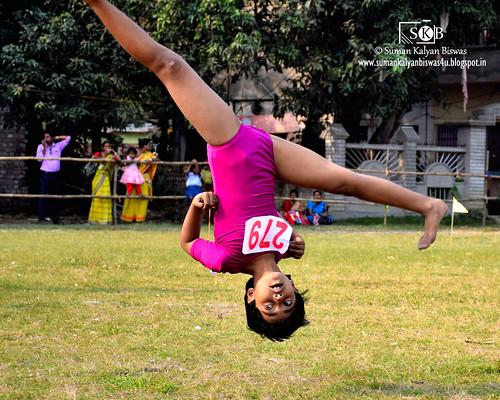 portrait india game sports nature childhood playground fun nadia play action outdoor gymnastics portraiture littlegirl enjoyment westbengal wintersports childportrait spiritofsports portraitureinmotion dhubuliadeshbandhuhighschool dhubulia