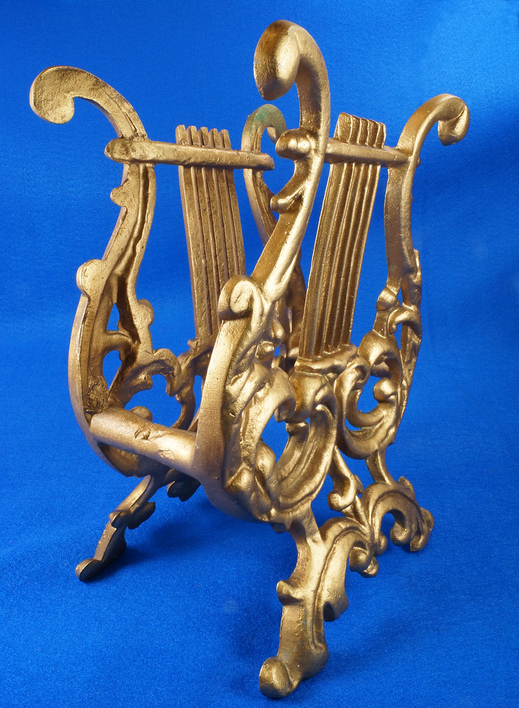 RD14722 Vintage Rack Stand Book Magazine Holder Lyre Harp Music Gold Cast Metal DSC07481