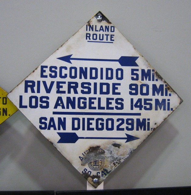 Auto Club US 395 Inland Route Sign | Flickr - Photo Sharing!: www.flickr.com/photos/mr38/189217657