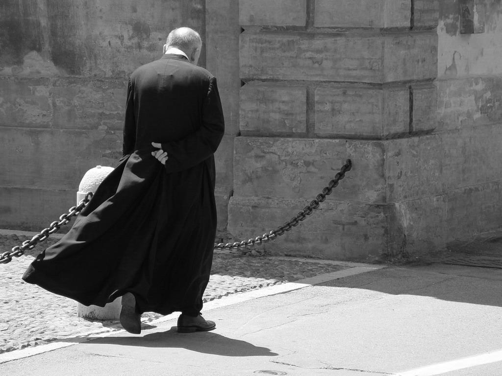 Monsignor Jozef Wesolowski condannato a dimettersi dallo stato clericale