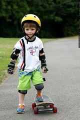 nick on rachel's skateboard    MG 8891