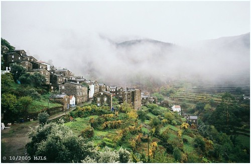 film portugal village aldeia piõdão cptnevoeiro