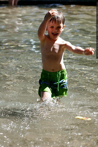 oregon, west linn, 2006-08-27, nick, wading pool _MG_9907