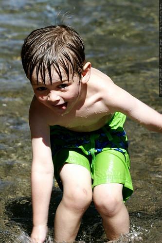 oregon, west linn, 2006-08-27, nick, wading pool _MG_9996