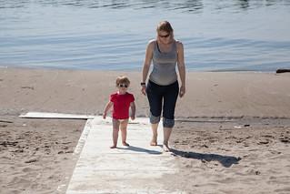 Image de Manitou Beach près de High Park. toronto beach sand isabelle centreisland torontoislands jopage centreislandbeach