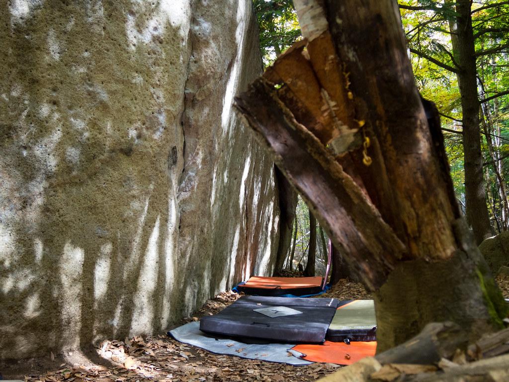小川山-クジラ岩