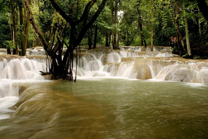Cataratas Tat Sae