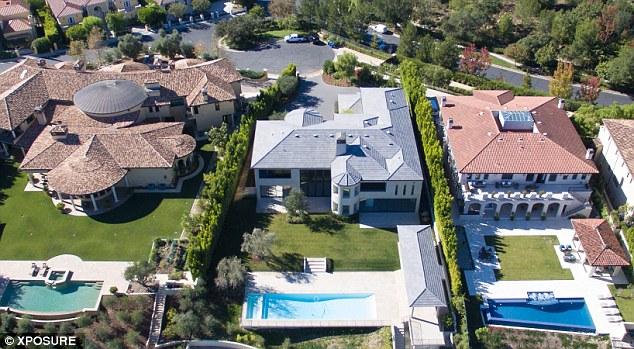 Дом с бассейном в Голливуде Ким Кардашьян и Канье Уэста