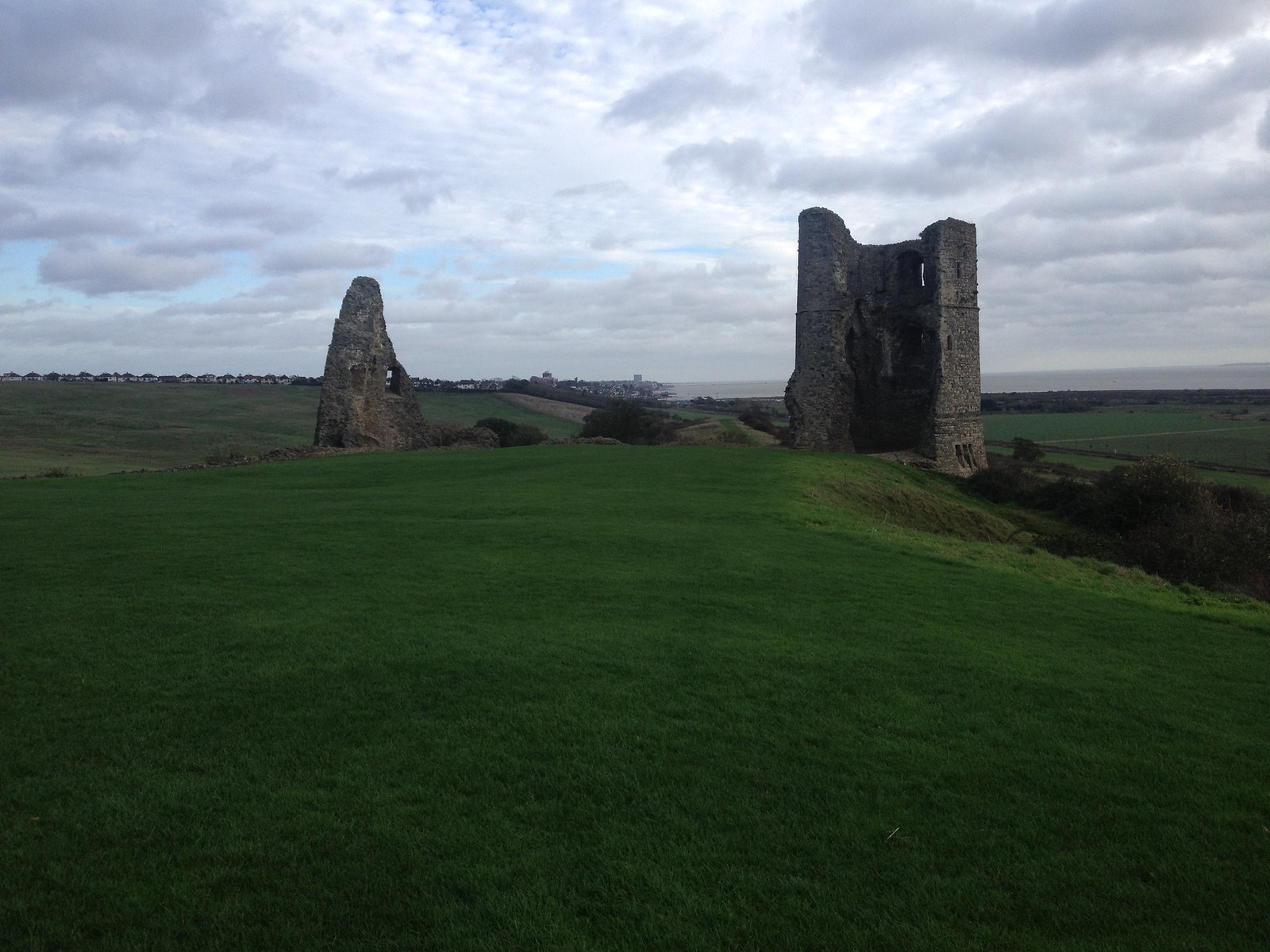 2015-11-15 13.06.11 Hadleigh Castle, Benfleet to Leigh-on-sea, SWC Short Walk 14