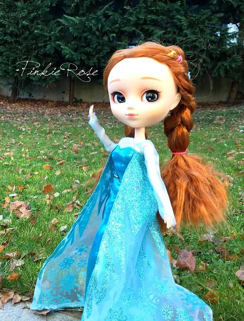 [Pullip Yona] Enola, la reine à la maison! 23593045132_8f2611227e_z