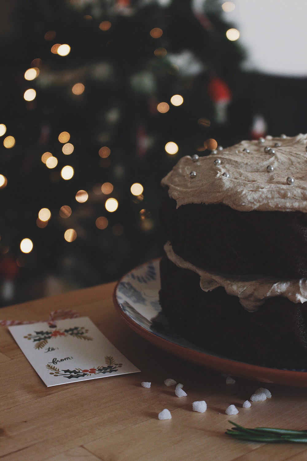Christmas 12 Gingerbread Cake with Cinnamon Buttercream