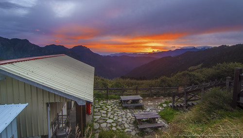 morning mountain nature sunrise cabin taiwan taipei campsite