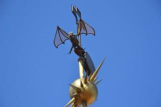 תמונה של פלאו גואל ליד Ciutat Vella. barcelona españa spain dragon espagne barcelone août espanya palaugüell 2015 palaciogüell palaisgüell august2015