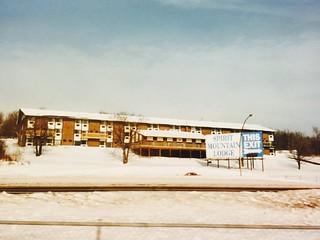1995 Spirit Mountain Lodge