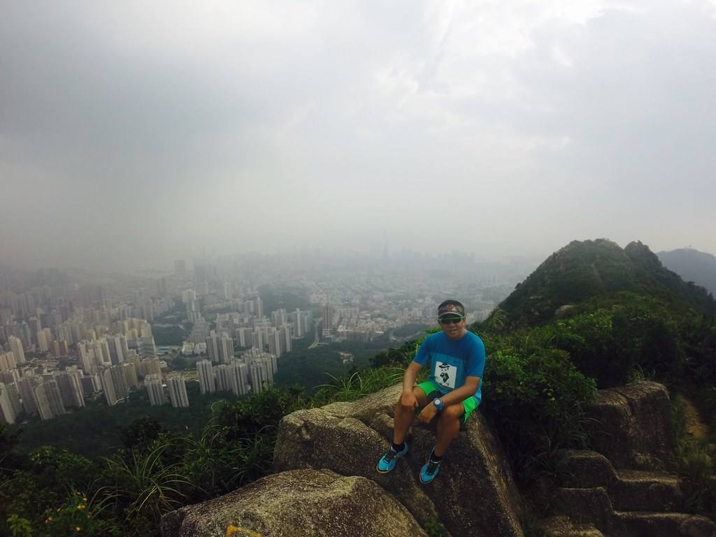 Taleofthetrail lion rock new territories hong kong franc ramon - The worlds biggest rooftop farm nature reclaims its territory ...