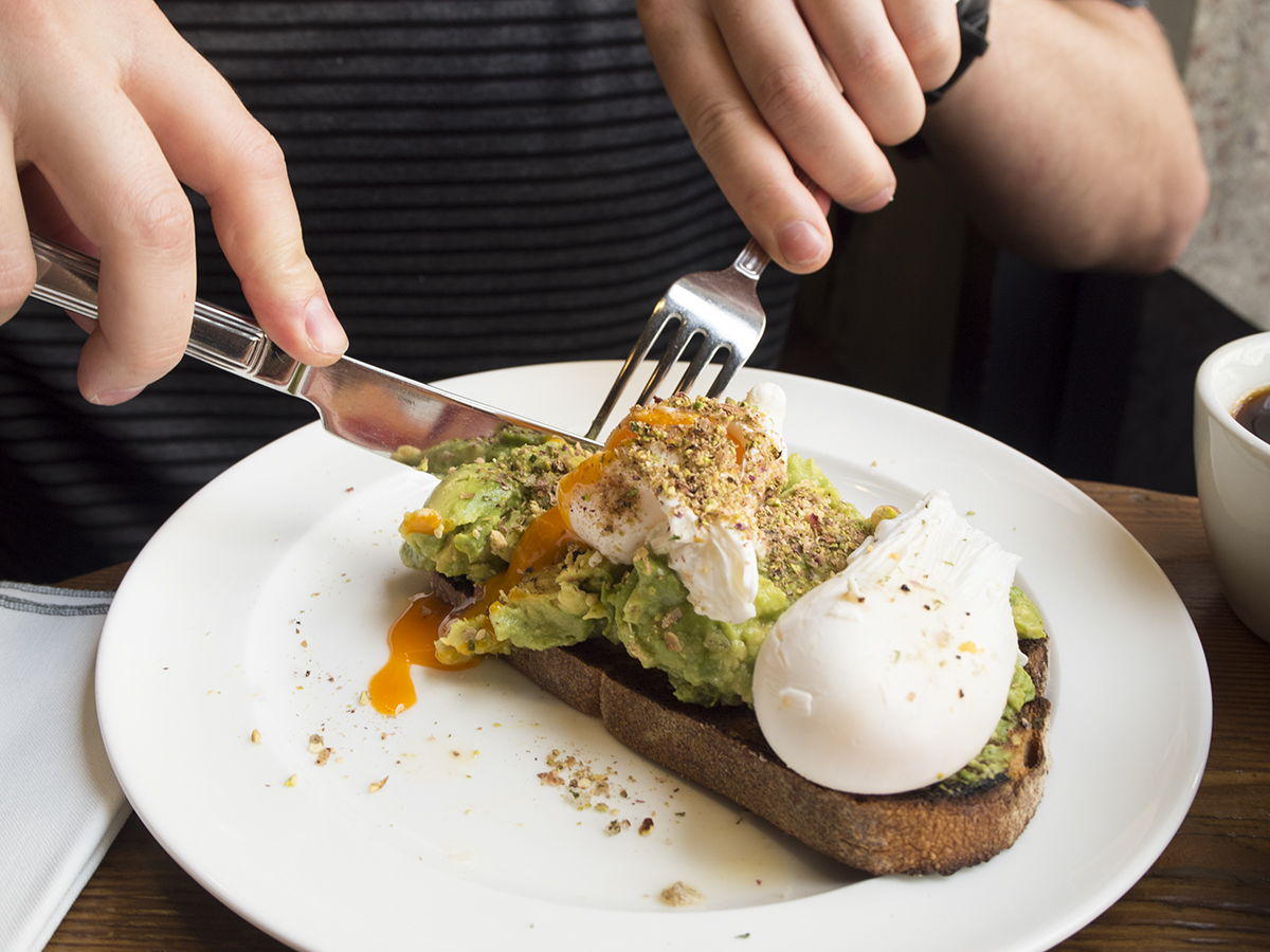 poached-egg-avo-toast-hubbard-bell