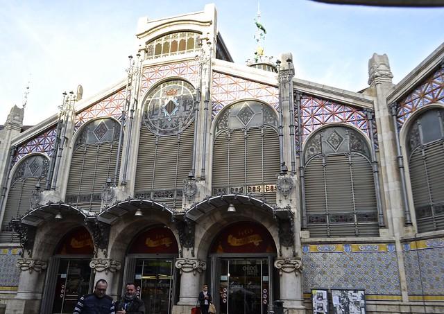 mercado central valencia entrance
