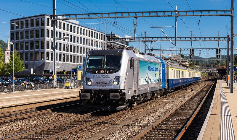 187.005 - Treno speciale BLS Spiez-Frenkendorf