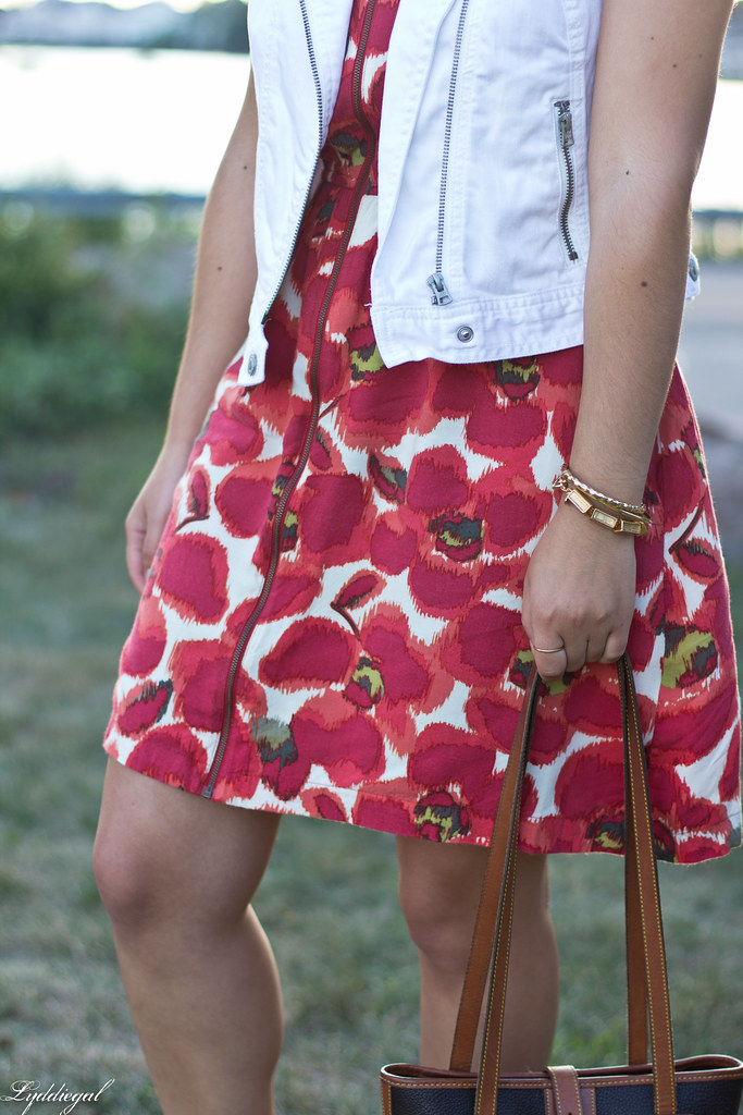 poppy print dress, white denim vest, dooney burke tote-7.jpg
