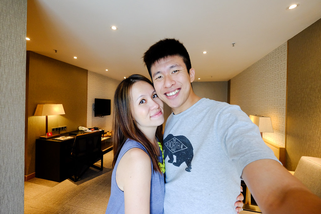 Maureen and Hubby Taking Selfie at Grand Mercure Roxy Singapore hotel room