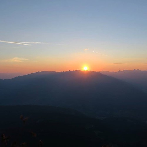 mountains beautiful sunrise tirol hiking serles skyporn visitaustria uploaded:by=flickstagram lovetirol visittirol discoveraustria instagram:photo=10464471219935851917097579 instagram:venuename=serlesgipfel instagram:venue=299143500 igeraustria