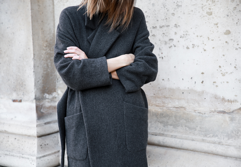 MATCHES x MODERN LEGACY RAEY new season layers Paris fashion week street style charcoal oversized cocoon coat (1 of 1)