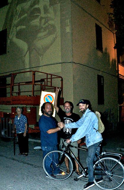 anime di strada - l'arte ufficiale della rivoluzione