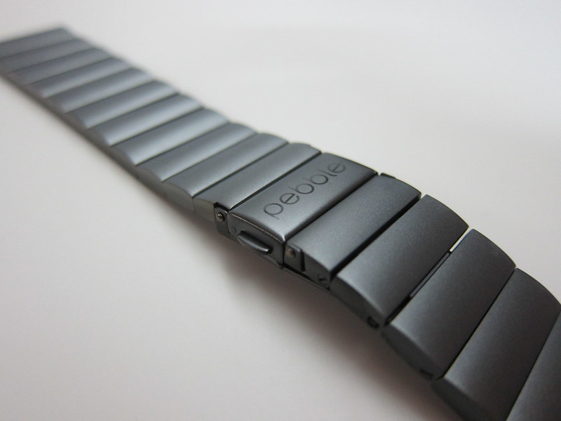 Pebble Time Steel - Gunmetal Black Steel Band - Close-up