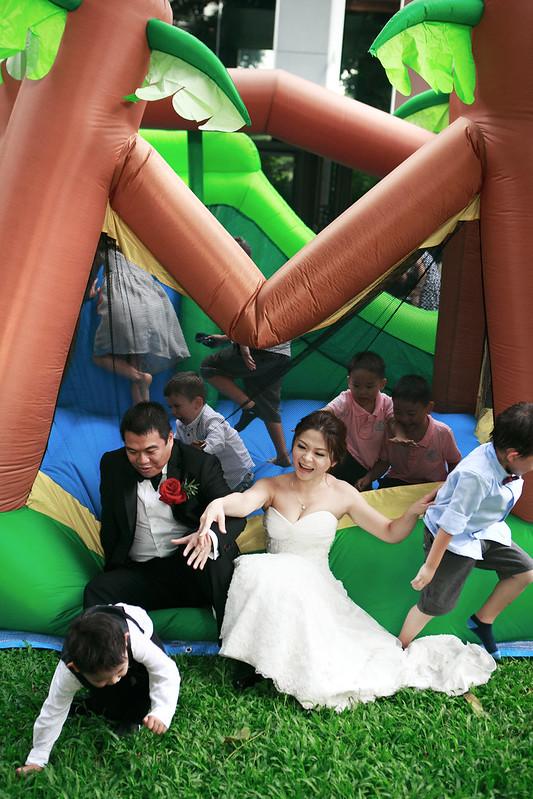 新加坡婚禮_顏氏牧場,後院婚禮,極光婚紗,海外婚紗,京都婚紗,海外婚禮,草地婚禮,戶外婚禮,旋轉木馬_0082