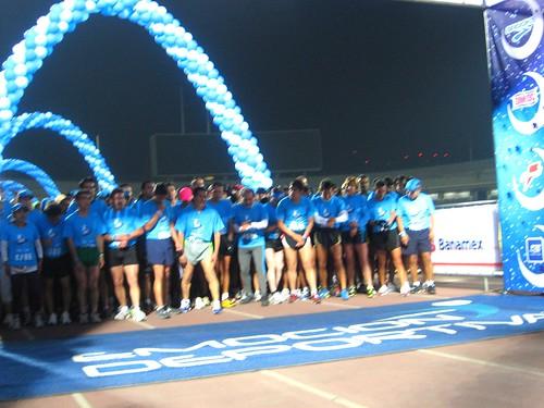 Carrera Nocturna Emocion Deportiva Brooks 039