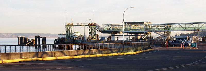Kingston Ferry Terminal: OLYMPUS DIGITAL CAMERA