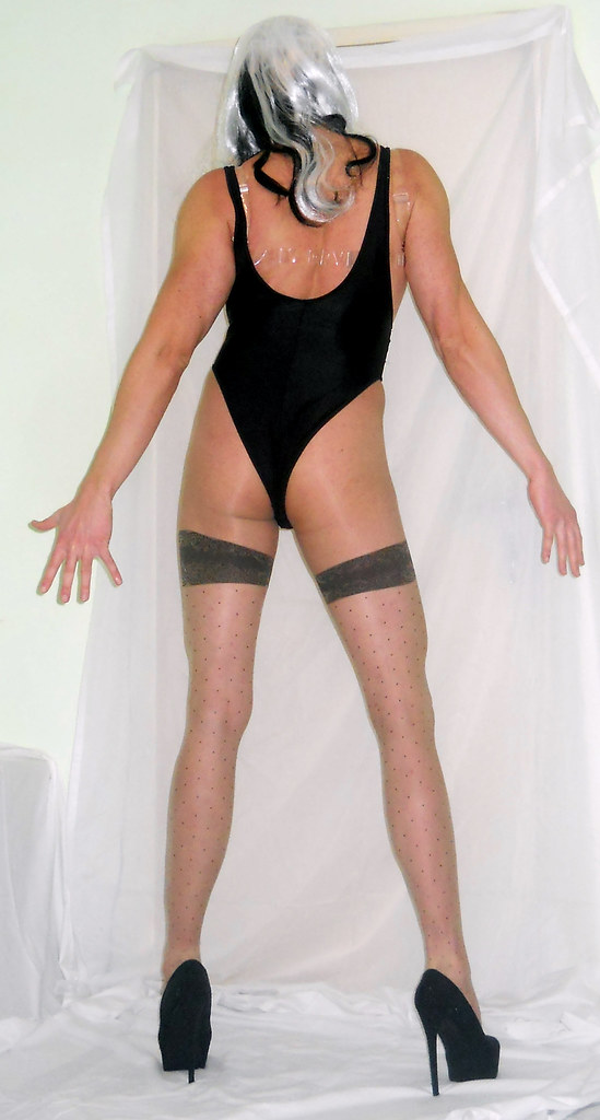 image Shemale transvestite in pantyhose sounding ur