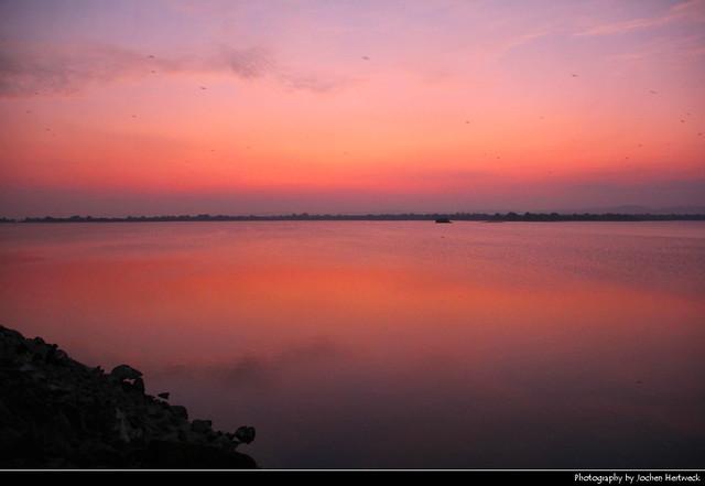Bendiwewa Lake @ Sunset, Polonnaruwa, Sri Lanka