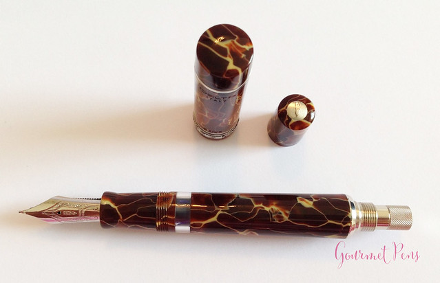 Review Delta Stantuffo Marmo Incrinato LE Fountain Pen @ChatterleyLux (9)