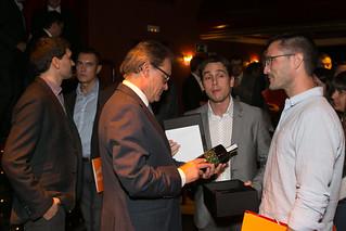 El 7 de setembre de 2015, els nostres Joves Empresaris van tenir la oportunitat d'escoltar les propostes del candidat al Parlament de Catalunya per Junts pel Sí. Una nit plena de propostes, presentades en forma d'un Llibre Blanc, que va ser lliurat a l'encara President del Govern de la Generalitat.