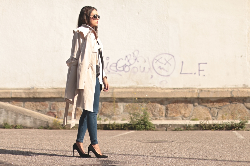 look-con-trench-beige