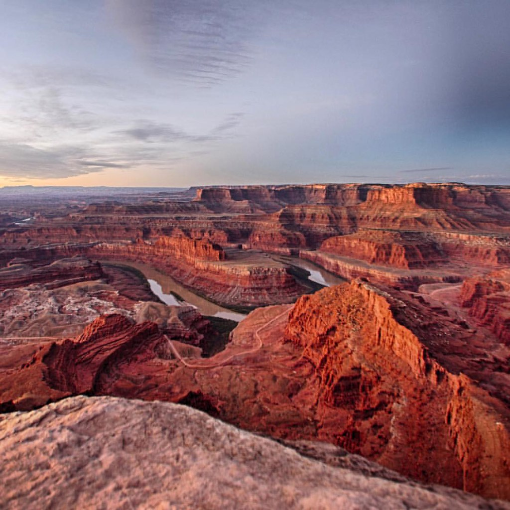 Pre-dawn glow at dead horse point #utah @visitutah #statepark #desert #goatworthy