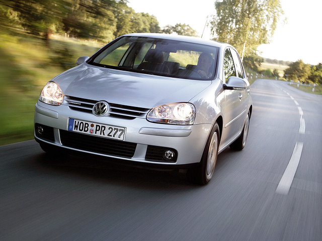 Экономичный Volkswagen Golf Blue Motion (Typ 1K). 2008 год