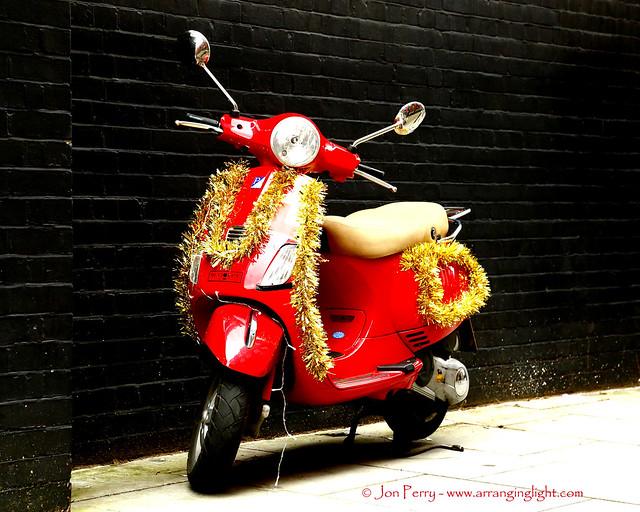 _C0A5736REWS Santa's Scooter, Jon Perry - Enlightenshade, 5-12-15 zaq