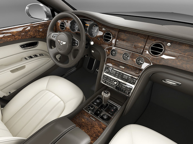 Торпедо Bentley Mulsanne 2010 года