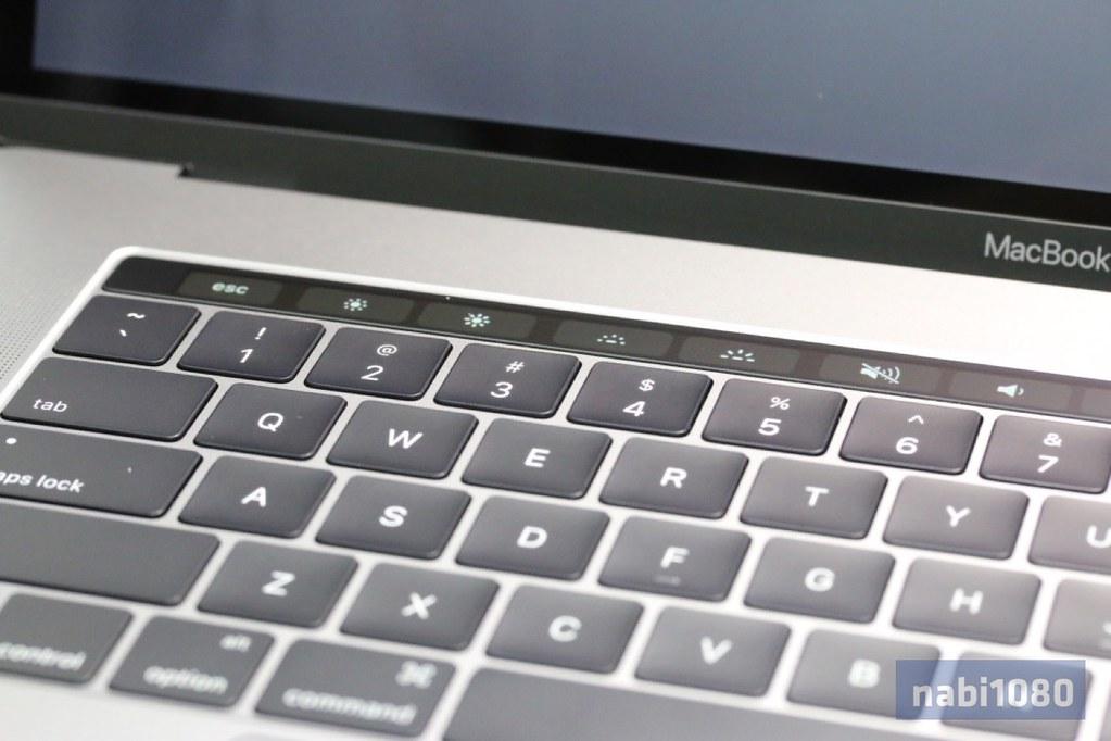 MacBook Pro 15インチ14