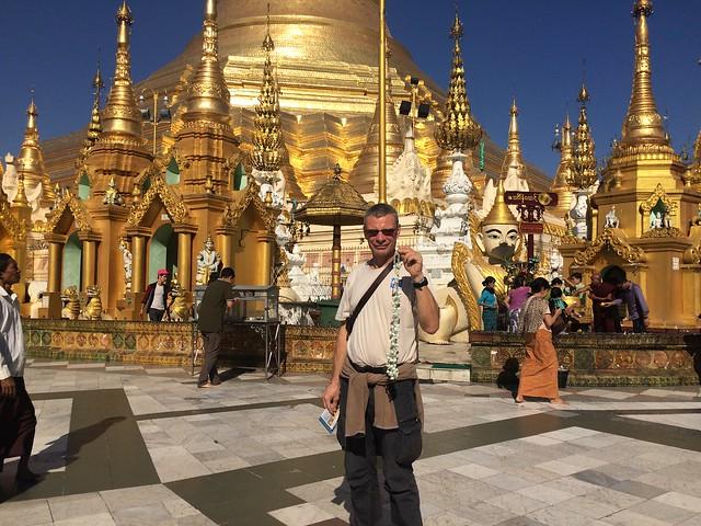 temple et pagode Shwedagon à Rangoon