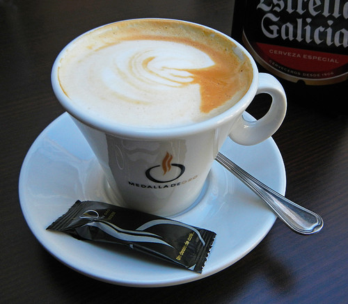 A café con leche as served in Santiago de Compostela in Northern Spain