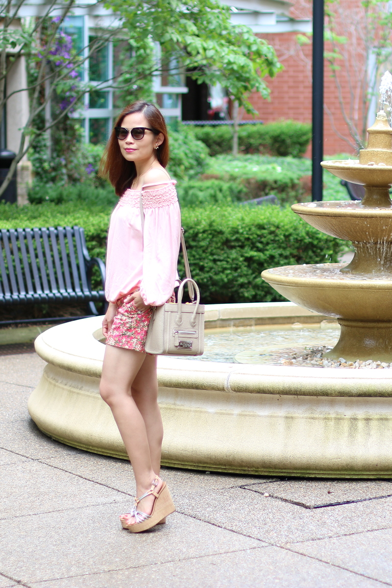 PInk-off-shoulder-top-floral-shorts-7