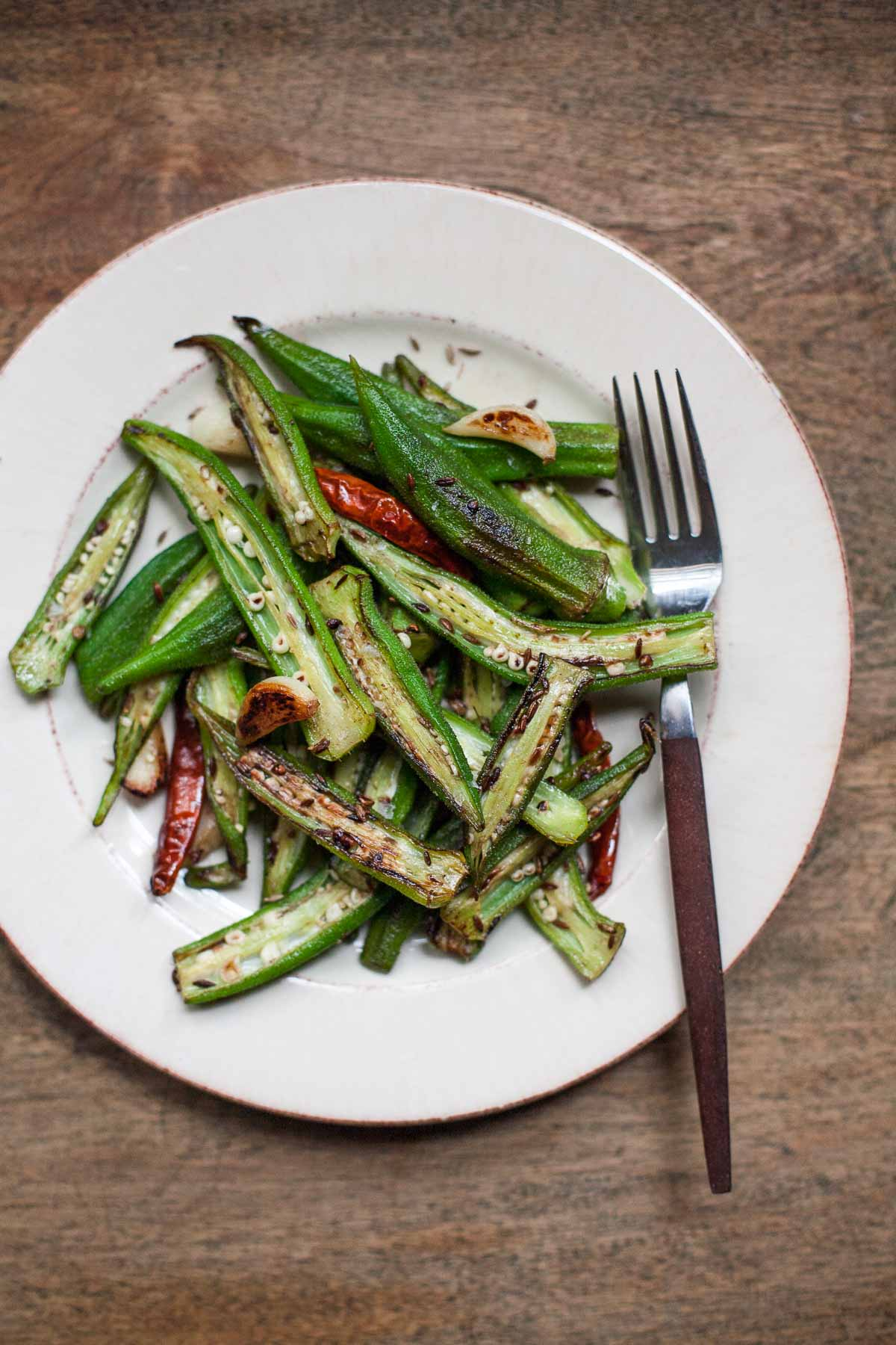blistered okra with cumin and garlic 1 v3